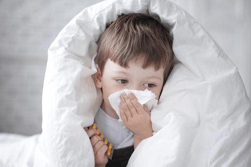 насморк при коронавирусе у детей
