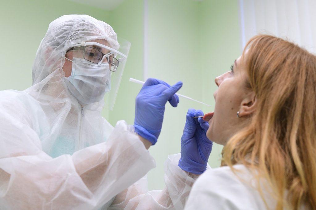Когда нужно сдавать тест на коронавирус