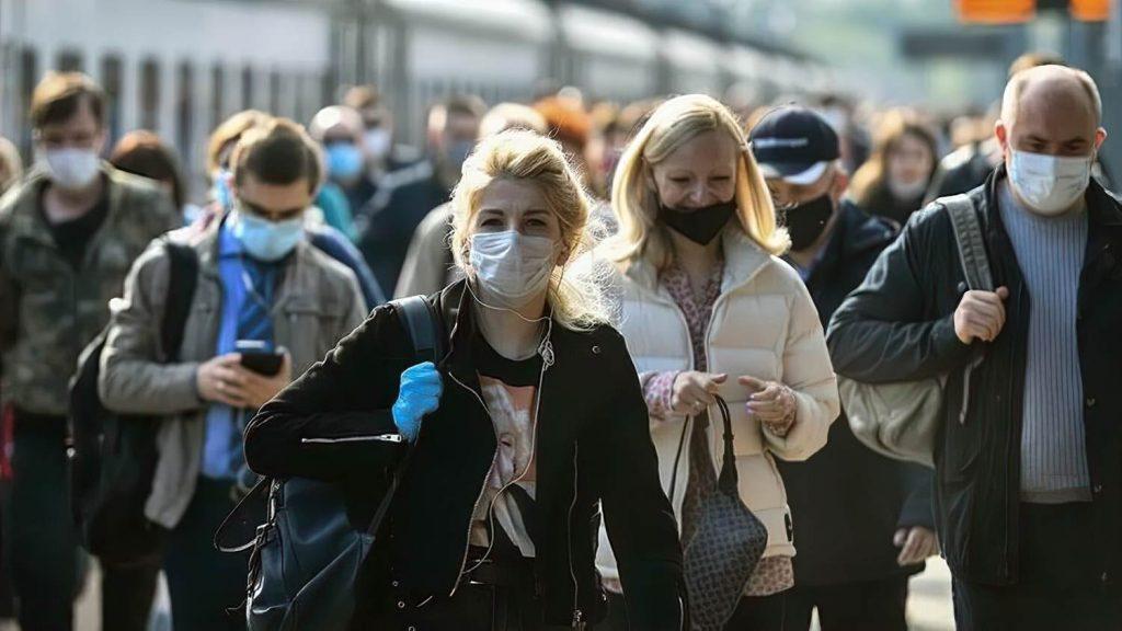 Почему не все заражаются коронавирусом при контакте