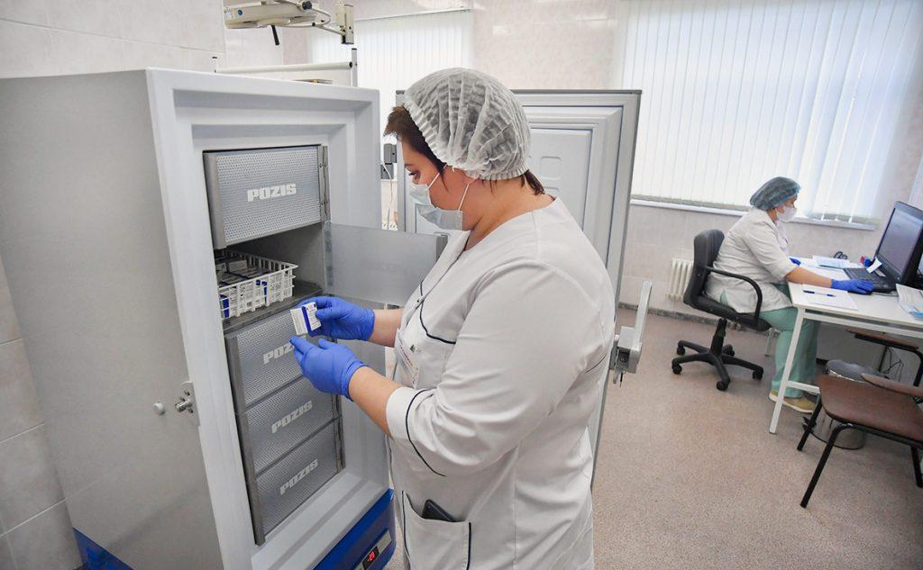 Сколько стоит сделать прививку от коронавируса в Москве