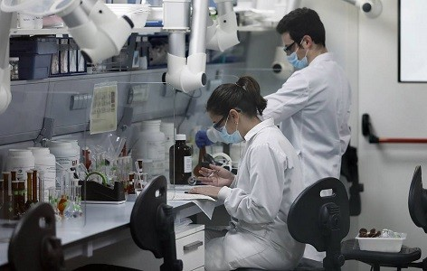 Распространение коронавируса по организму запечатлели на видео