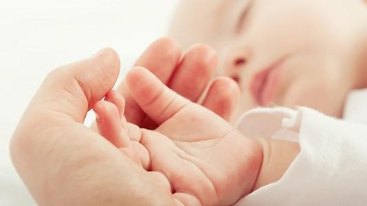 У рожденных в пандемию коронавируса детей обнаружили понижение интеллекта