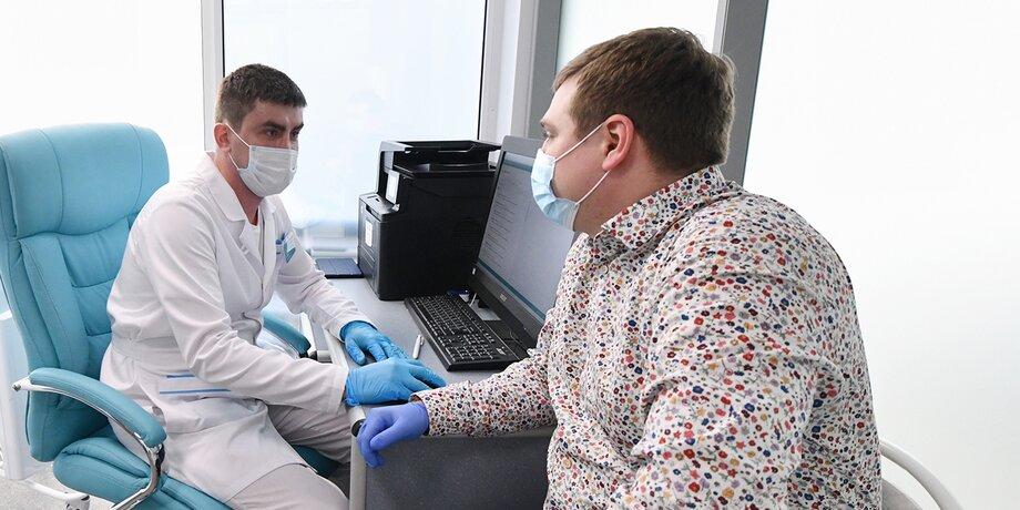Кто принимает решение о допуске к вакцинации от коронавируса